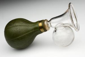 breast reliever british science museum 1870 - 1901